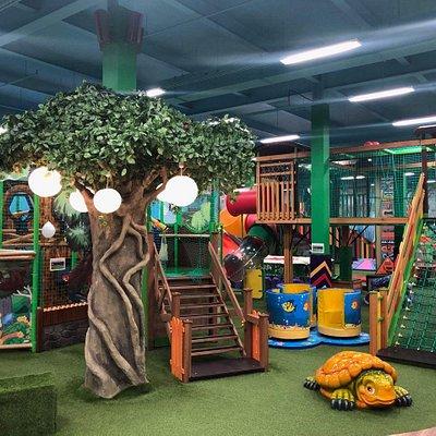 Джунгли парк, аттракцион лабиринт