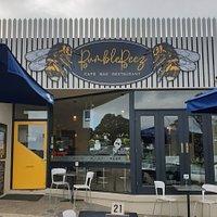 Bumblebeez Cafe