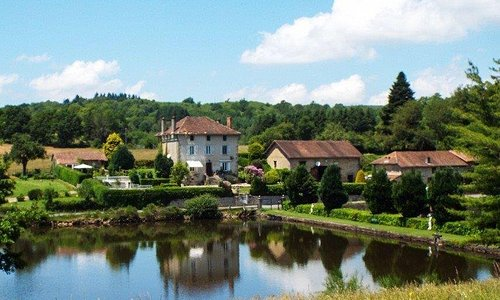 You will receive the warmest of welcomes at La Vieille Maison d'Aurin – come and relax, explore, enjoy the views, wildlife and superb hospitality.  Situated in the heart of the Perigord Limousin National Park which spans the departments of Haute Vienne & Dordogne,