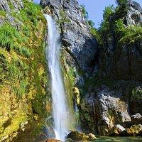 Grunasi Waterfall