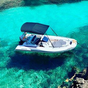 Discover Mallorca sea with Embark Boats!