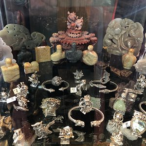The Little Shop Of Wonders at the gulf breeze flea market welcomes everyone to visit and enjoy these wonders of the earth and cultures from all over the world!