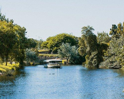 Adelaide Zoo Landing