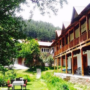 The only Heritage Hotel in the first Apple Orchard of Manali built in the 18th Century right in the heart of town with modern amenities.