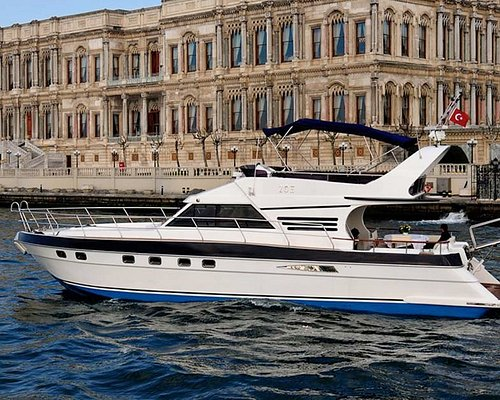 Your boat for a Bosphorus cruise by private yacht