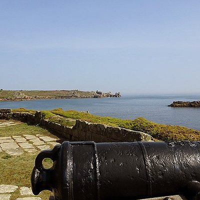 Scilly Walks (Tour of St. Agnes, Gugh and St. Mary's)