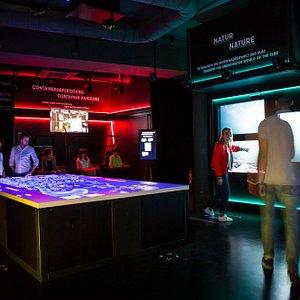 Erlebe Hamburgs Hafen interaktiv Multimediale Experience durch Virtual Reality, Sensorik und Sound