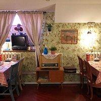 """Советское кафе """"Квартирка"""" приглашает Вас в гости! В атмосферу тепла и уюта, дружбы и соседских посиделок."""