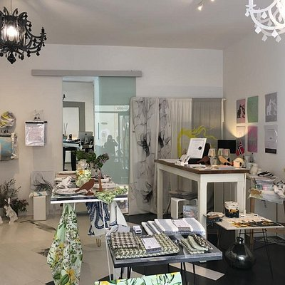 OBO la bottega is the unusual design gift shop of Florence. We create unique and limited edition products with love. Enjoy Tuscany with a contemporary look!