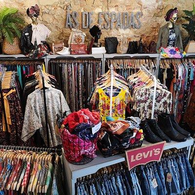 Ás de Espadas vintage store and more