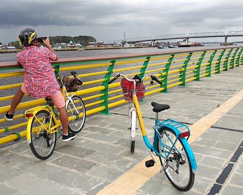 Paket Wisata Sepeda Pontianak Bike Tour Kapuas River Route.