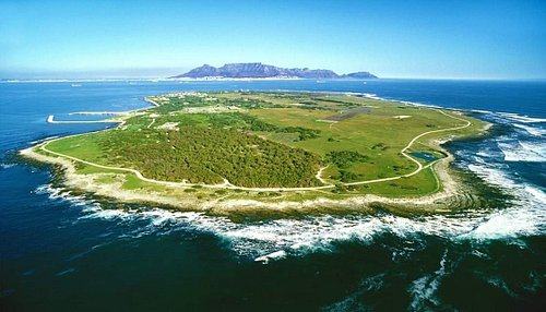 Robben Islandhas been used as prison and a placewhere people were isolated, banished and exiled to for nearly 400 years