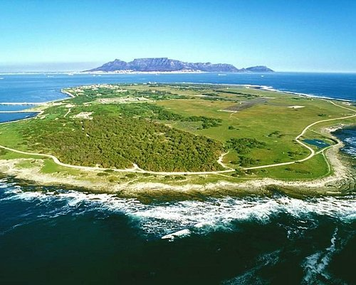 Robben Islandhas been used as prison and aplacewhere people were isolated, banished and exiled to for nearly 400 years