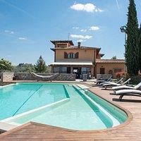 La piscina e la Villa