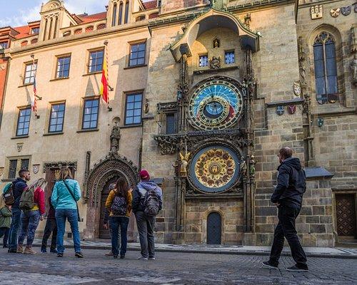 Ξενάγηση σε μικρή ομάδα, Αστρονομικό Ρολόι / Sightseeing in small group, Astronomical Clock