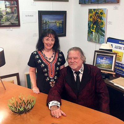 Owners Brenda and George Lee welcome you to G. Lee Gallery!