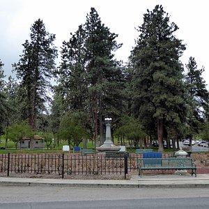 Ponderosa Pines, Sorosis Park, The Dalles