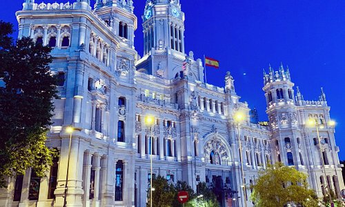 Beautiful evening in Madrid!  Perfect weather.