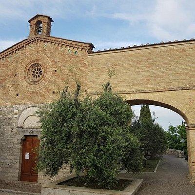 Chiesa di San Jacopo e Porta San Jacopo