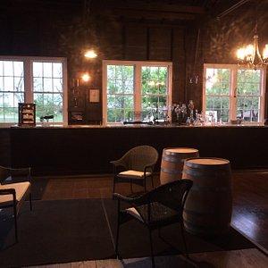 Holy Grail Winery tasting room