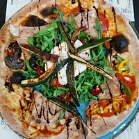 Traditional Napolitalian pizza