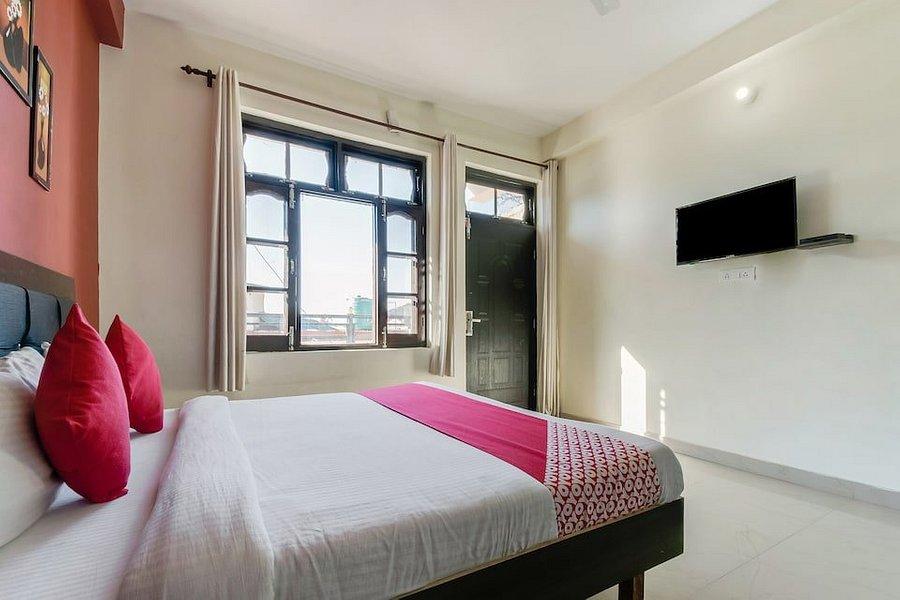 Oyo 12442 Twilight Guest House Banikhet Hotel Reviews Photos Rate Comparison Tripadvisor