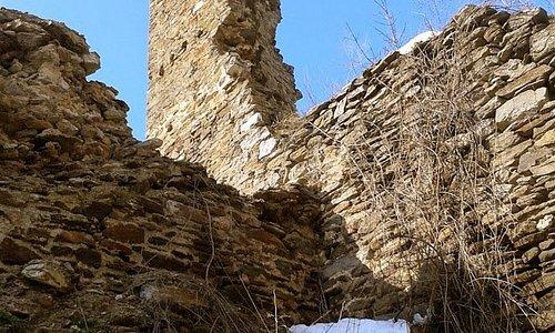 Марково Кале је тврђава — средњовековни историјски споменик, који се налази 4,5 km северно од Врања, на старом путу Врање–Лесковац и садашњем путу Врање–Власе–Мијовце, у клисури Градске реке на надморској висини од око 750 m. Лежи на гребену између планина Крстиловица и Пљачкавица. Између њих и града пробијају се Девотинска и Мала река, које се испод самога града уливају једна у другу. Тврђава је изграђена у 13. веку. Данас је у рушевинама.