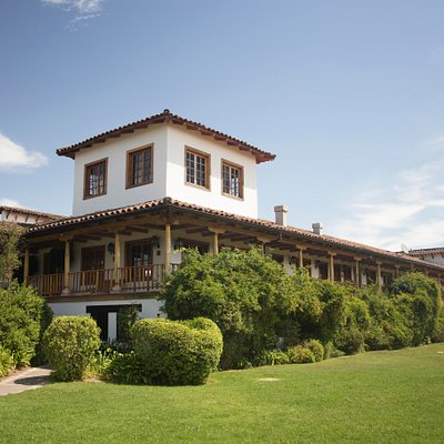 Centro de Visitas Viña MontGras