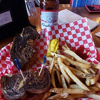 Excellent Reuben and fries