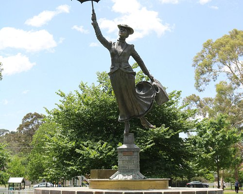 Mary Poppins statue, Bowral