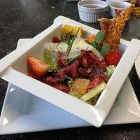 Carpaccio de boeuf et sa salade printaniere