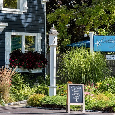 Our convenient location in Lower Village Kennebunk with plenty of ample parking.