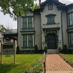 Governor Richard J. Oglesby Mansion