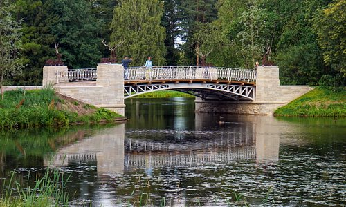 Отражение. Мост.
