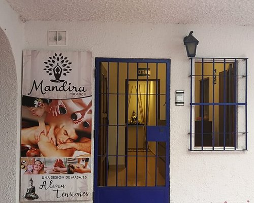 Mandira Massage
