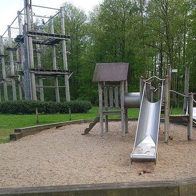 Panoramaparcours, Kinderparcours und Spielplatz