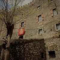 Castello Theodoli - Sambuci A pochi km da Roma un interessante castello da visitare con una guida competente