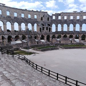 Roman ampitheatre, 2000+ years old.