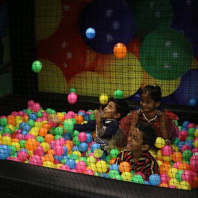 Ball pit for small kids