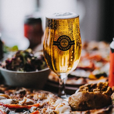 Pizza nights in the taproom bar every Friday form 17:30. Booking advisable. 01363 777822