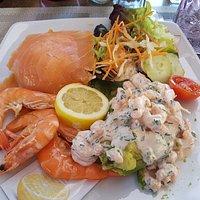 Saumon et crevettes