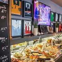 tous les midis et soirs du lundi au vendredi inclus (hors jour férié), découvrez nos buffets colorés!