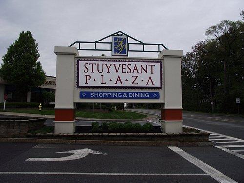 NY - ALBANY - STUYVESANT PLAZA #1 - SIGN