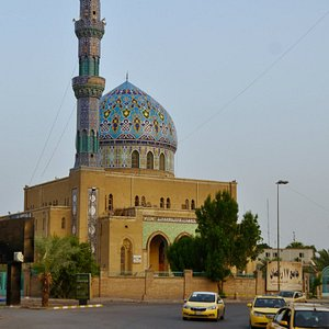 14 Ramadan Mosque at side of Firdos Square