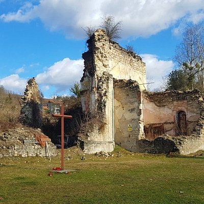 Former parish church was completely destroyed in the Homeland war