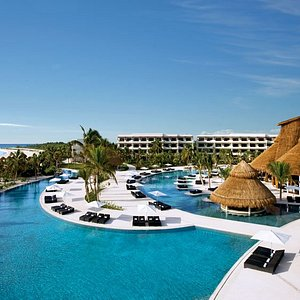 Secrets Maroma Beach Riviera Cancún Harmonious. Sublime. Exquisite.