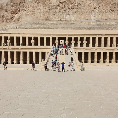 Hatshepsut temple, Luxor - front view