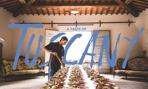 Tuscan food and wine is a project created by people who love their territory. Born from an idea of the Ciappi family, award-winning wine producers, owners of theAzienda Agricola casa alle Vaccheand Francesco Corsetti, owner of the centuries-old Fattoria Bassetto.
