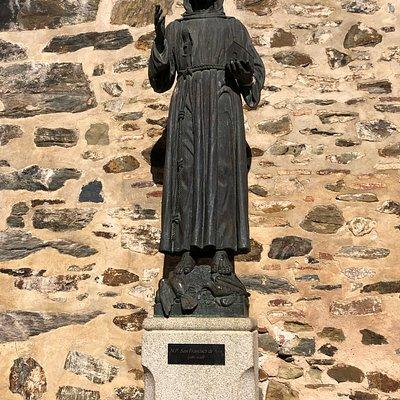 Estatua San Francisco de Asis Guadalupe