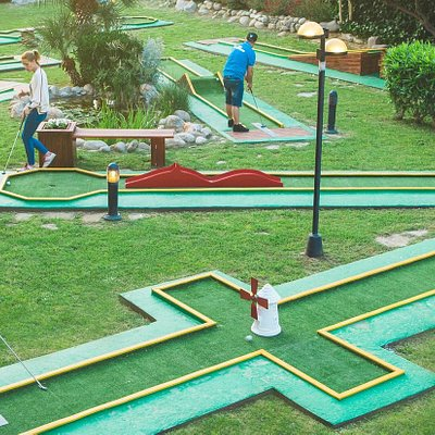 Magic-Green Minigolf